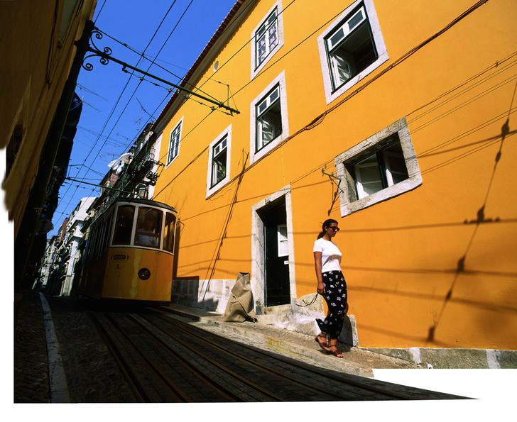 Фото №1 - Лиссабон: город, где сбываются желания, со стилистом Владиславом Лисовцом