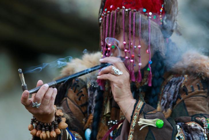Фото №4 - Круговой обзор: секреты одеяния и атрибутов сибирских шаманов