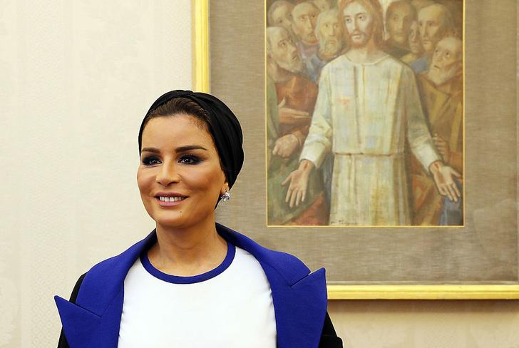 Фото №1 - Шейха Моза: арабская женщина, которую слушают все мужчины