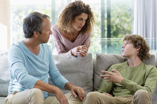 Фото №2 - Как воспитать у ребенка правильное отношение к деньгам