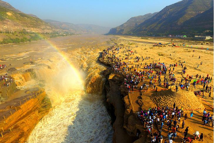 Фото №1 - Желтый водопад