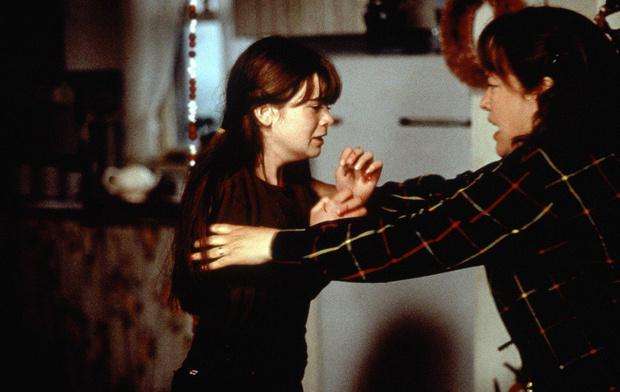 Кадр из фильма «Долорес Клэйнборн» (1995)