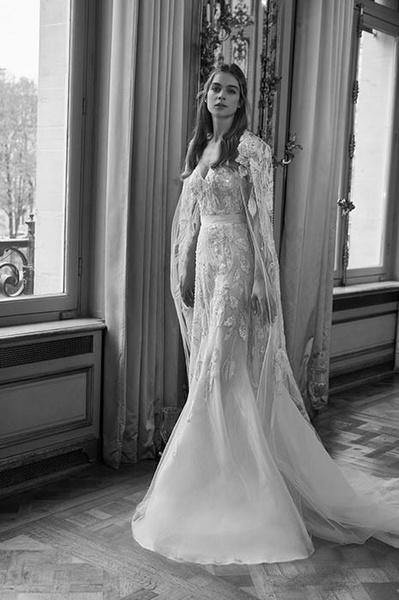 Фото №2 - Свадебная мода: выбираем платье для девушек с формами