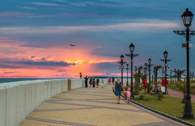 Фото №1 - Эксперты оценили стоимость летнего отдыха в России в этом году