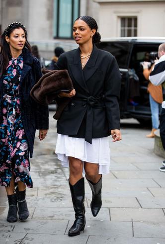 Фото №8 - С чем носить ковбойские сапоги: на каждый день, в офис и на вечеринку