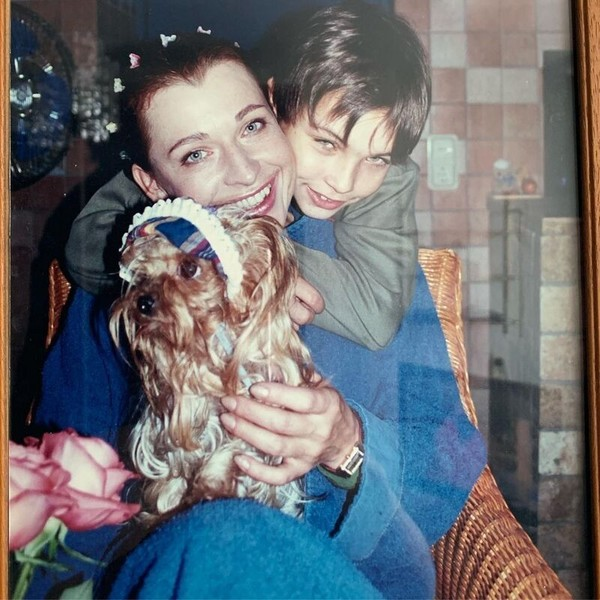 Фото №6 - Неудачная пластика, муж-абьюзер и продюсер-аферист: как сложилась жизнь звезды 1990-х Алисы Мон