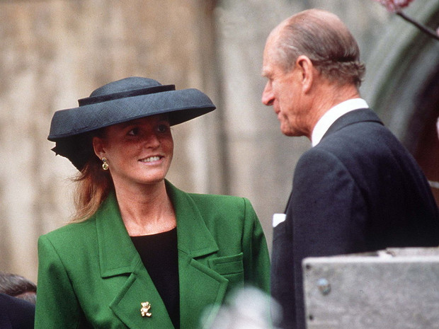 Фото №3 - О чем принц Филипп предупреждал Сару Фергюсон, когда она стала частью королевской семьи