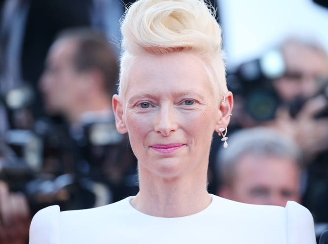 Фото №4 - New pink: 5 трендов «розового» макияжа, которые хочется повторить