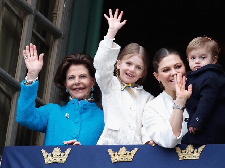 Фото №1 - Юная принцесса Эстель затмила короля Швеции