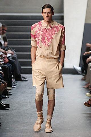 Фото №6 - Мода без пола: почему мужчины в платьях— это нормально