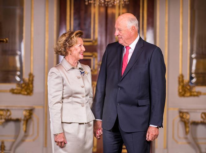 Фото №8 - Как король и королева Норвегии отметили золотую свадьбу