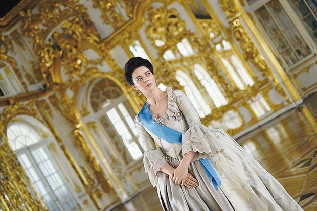 Фото №5 - «Так приятно быть императрицей»: Марина Александрова о роли Екатерины II