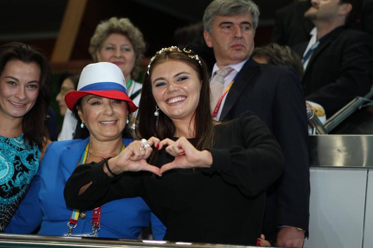 Фото №4 - Теперь ее фигура на вершине пьедестала: главные триумфы в жизни Алины Кабаевой