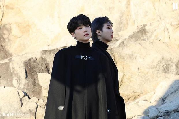Фото №43 - Снежные ангелы: Big Hit Entertainment выложил 65 новых фото BTS 😍