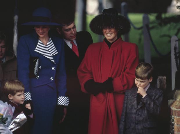 Фото №6 - Кровная обида: чем герцогиня Кейт и принц Уильям оскорбили Сару Фергюсон