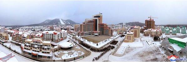 Фото №3 - В Северной Корее построили город-утопию, с курортом и торговыми центрами (фото)