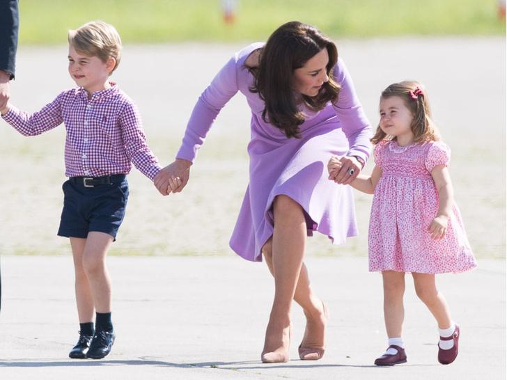 Фото №3 - Универсальный подход: одна-единственная фраза, которой Кейт успокаивает детей (с первого раза)