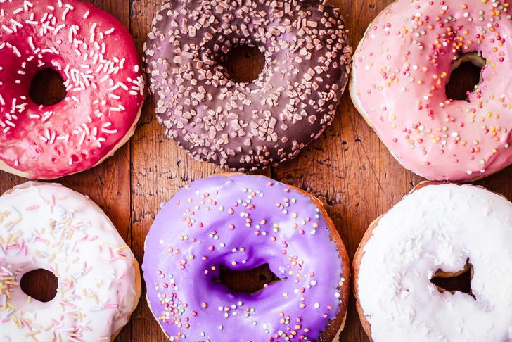 Фото №1 - Люди тянутся к сладкой и жирной пище от скуки