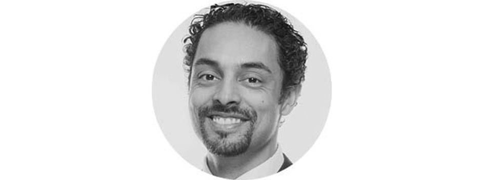 Доктор Джулиан де Сильва (The Centre for Advanced Facial Cosmetic and Plastic Surgery)