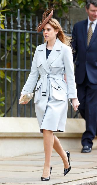 Фото №4 - Выбирая классику: как королевские особы носят тренчи