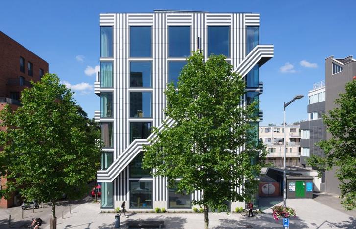 Фото №3 - Дом с монохромным принтом на основе шрифта в Амстердаме