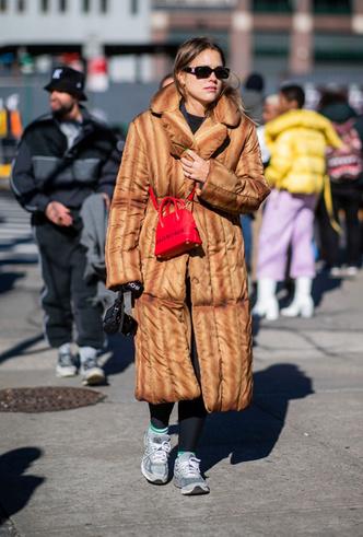 Фото №6 - Модно и тепло: где искать стильные кроссовки для зимы