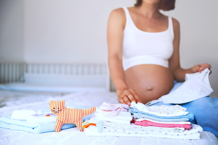 Фото №1 - Опыт мамы: 8 вещей, которые зря советуют брать в роддом