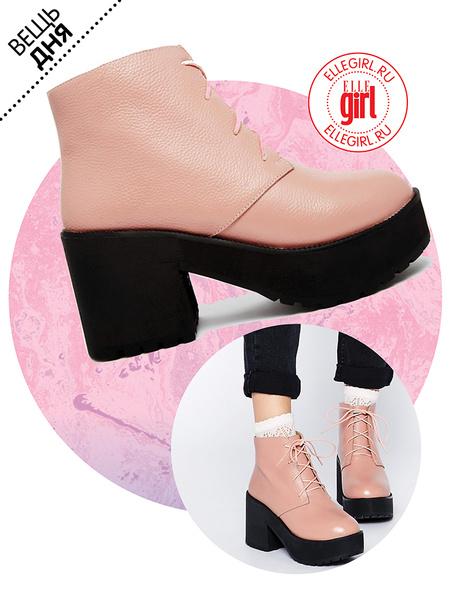 Фото №1 - Вещь дня: Розовые ботинки THE WHITEPEPPER