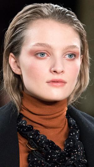Фото №14 - Главные тренды макияжа осени и зимы 2020/21
