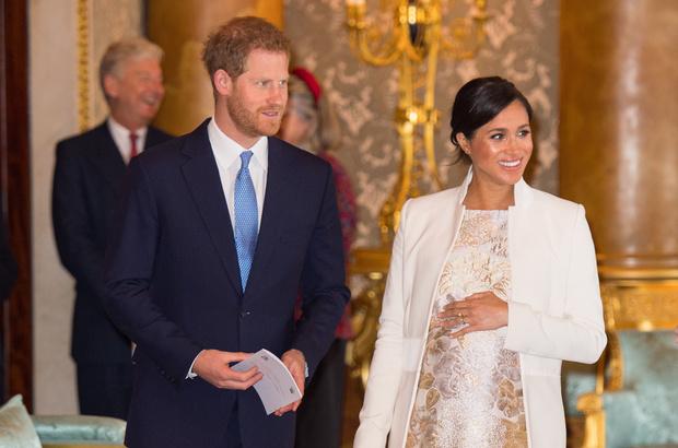 Фото №1 - Как новость о беременности Меган Маркл связана с принцессой Дианой?