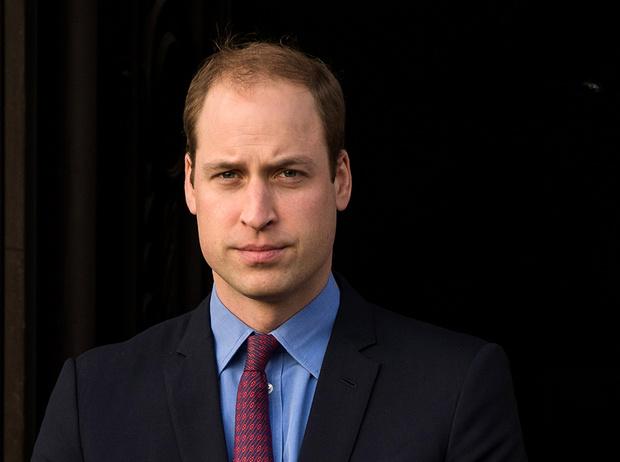 Фото №1 - Плохой принц Уильям: как испортить королевскую репутацию за 1 день