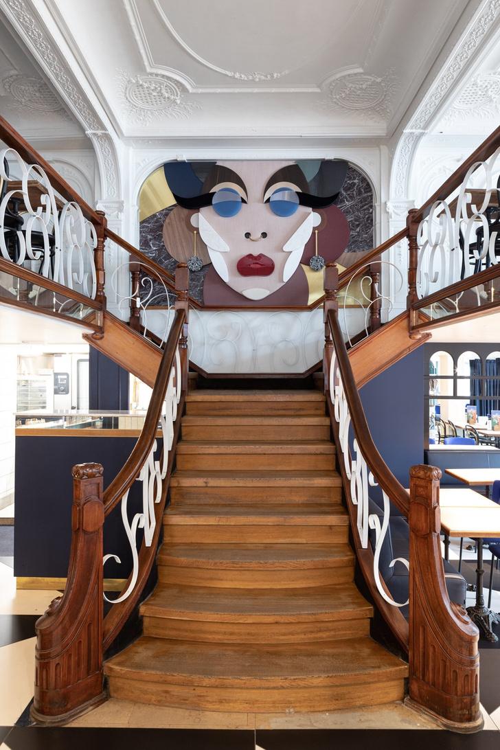 Фото №1 - Новый облик легендарного кафе Le Grand Café в Брюсселе