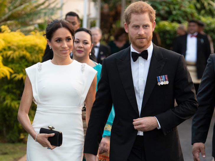 Фото №1 - Перезагрузка: зачем Гарри и Меган вторая свадьба