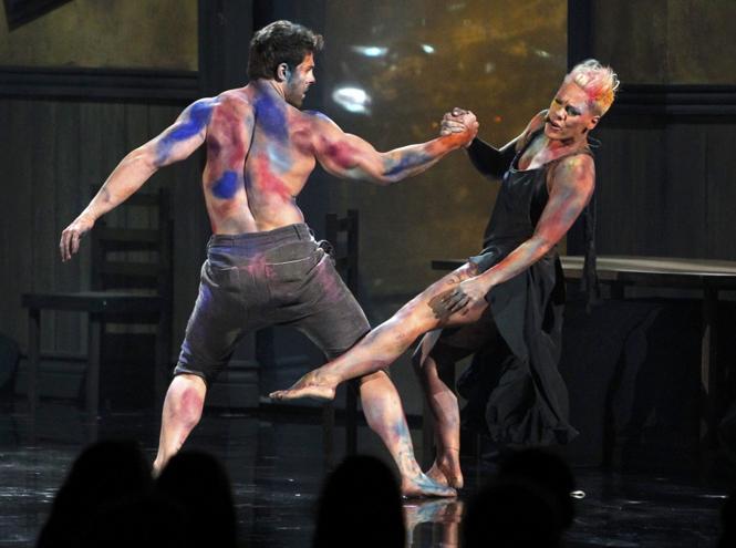 Фото №10 - Чистые факты: все, что мы знаем о римейке «Грязных танцев»