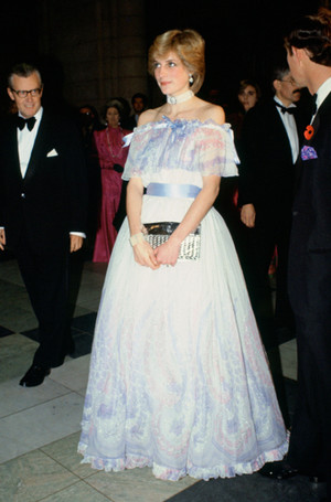 Фото №17 - Стиль беременной принцессы Дианы
