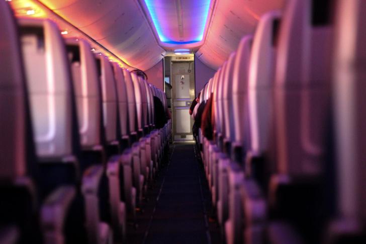 Фото №4 - Пять причин полюбить последний ряд в самолете