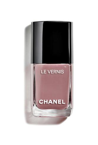 Фото №6 - Меняем цвет на свет: тонкости летнего макияжа от Chanel