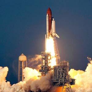 Фото №1 - Шаттл Endeavour полетел к МКС