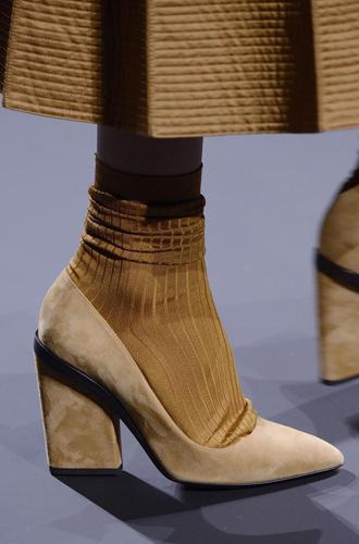Фото №93 - Самая модная обувь сезона осень-зима 16/17, часть 2