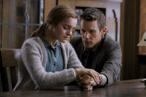 Кадр из фильма «Возвращение» с Эммой Уотсон и Итаном Хоуком