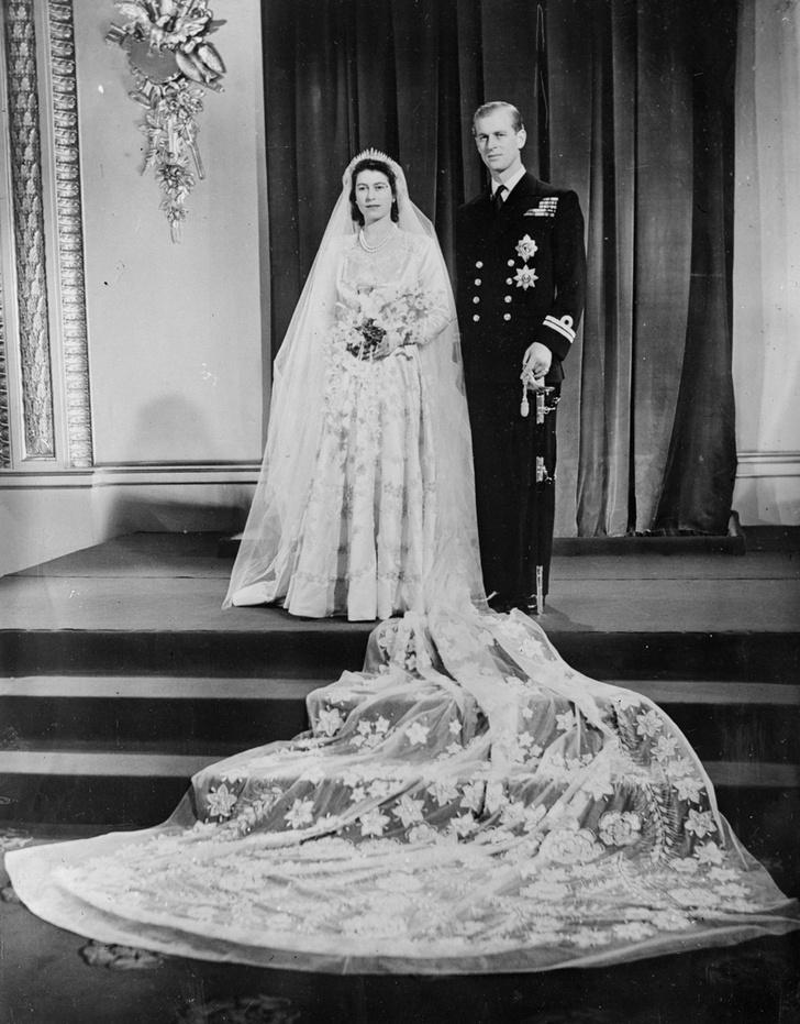 Фото №1 - Благодатная свадьба: секреты семейного счастья Елизаветы II
