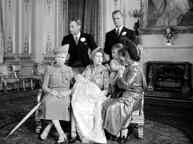 Фото №2 - Что нужно знать о крещении королевских наследников Великобритании