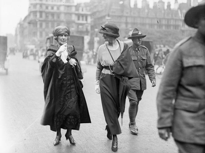 Фото №2 - Жизнь Адель: как «американская принцесса» искала счастье и любовь среди британской аристократии