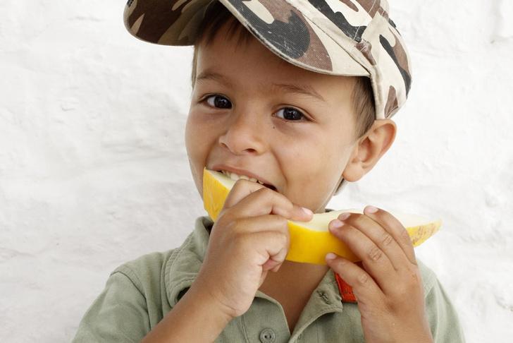 Фото №1 - Здоровая еда делает детей счастливее