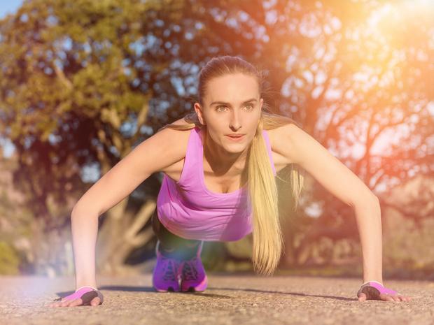 Фото №2 - Как укрепить мышцы кора: 7 лучших упражнений