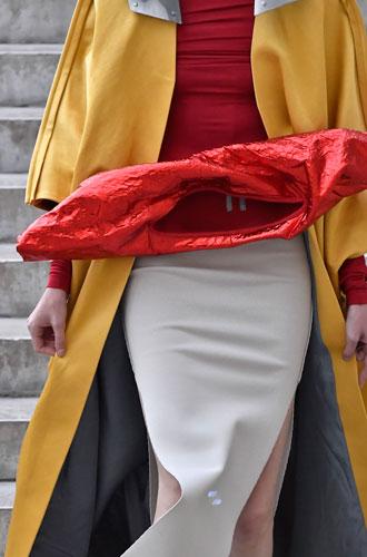 Фото №8 - «Уродливая» мода: почему современные тренды нас отталкивают (и как научиться их понимать)