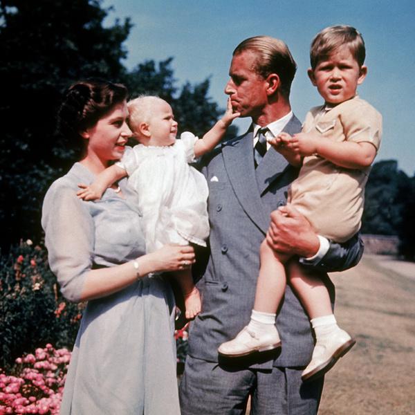 Фото №4 - Кого из мужчин королевской семьи эксперты считают главным феминистом (нет, это не Гарри)