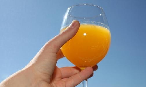 Фото №1 - «Недоапельсин»: Среди апельсиновых соков нашли фальсификат