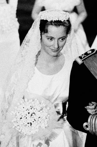 Фото №6 - Пять королевских невест, отказавшихся от тиары на свадьбе