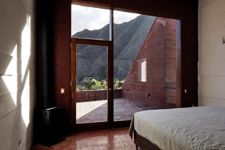 Фото №7 - Дом из красного камня в Перу